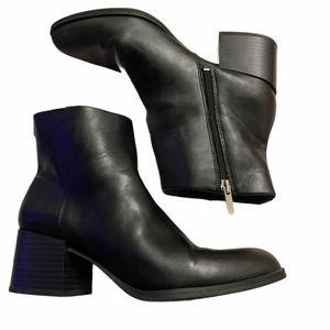 Sam Edelman Ankle Boot Black Leather chunky heel